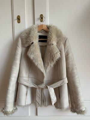 Elegant Beige Faix Fur Coat - Jacket