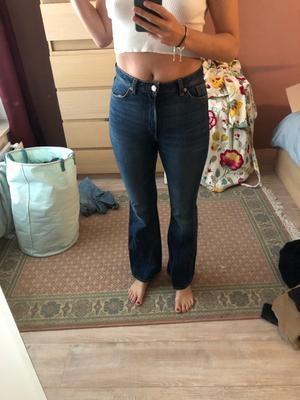 Bootleg high waist jeans