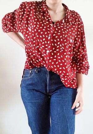 Vintage blouse polkadots
