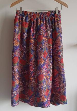 Midi skirt floral pink
