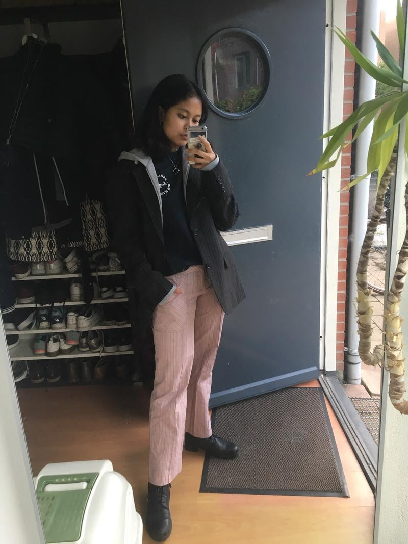 Pink plaid low-waisted trousers