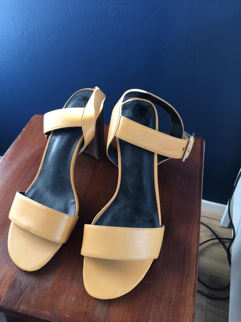 Summer Shoes 40