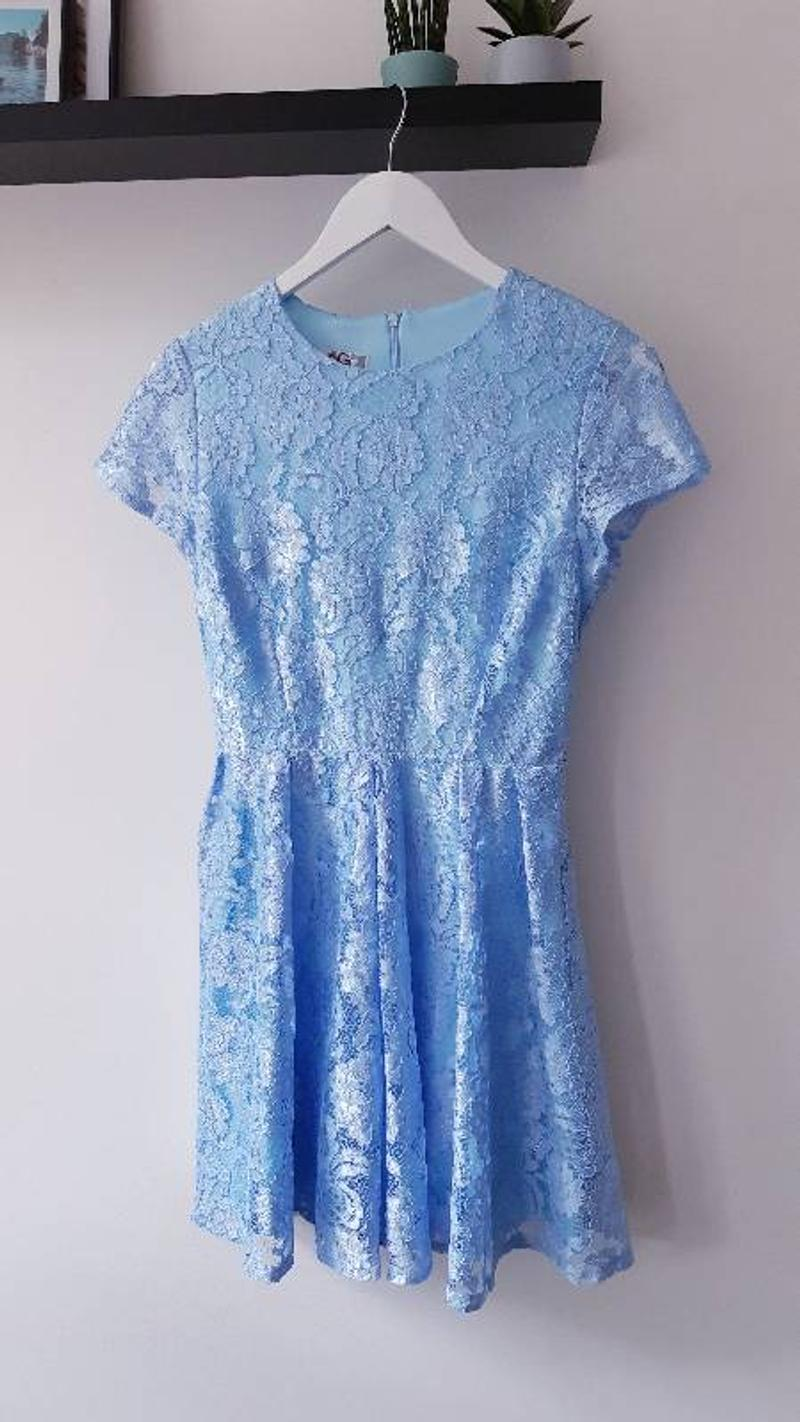 Blue dress with flower pattern