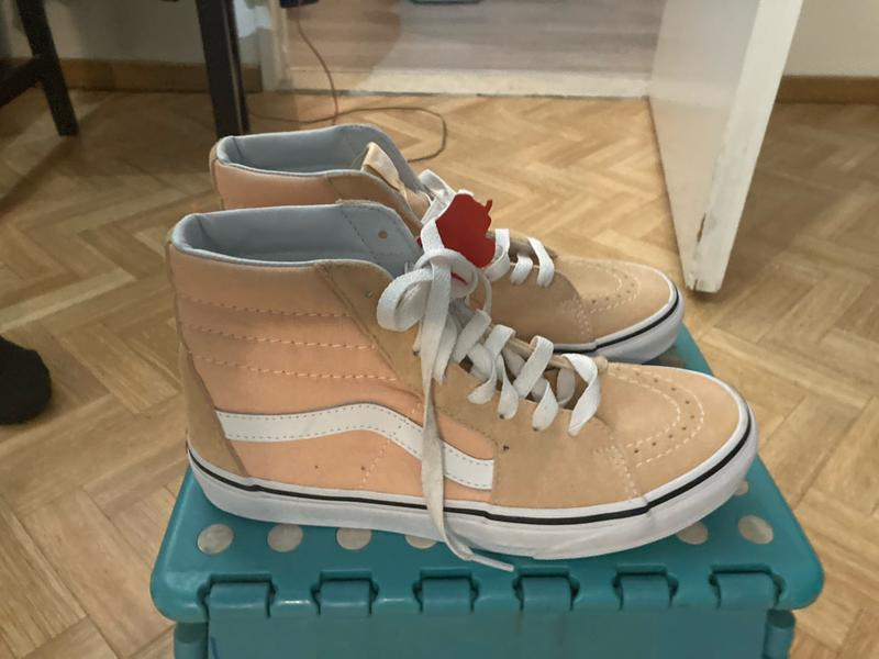 Splinternieuwe sneakers van Vans high Sky